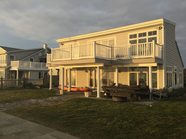 Waterfront Oasis - Westbrook - House