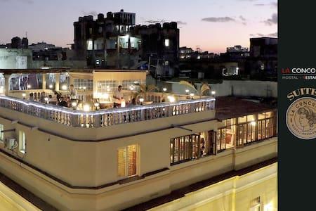 HOSTAL La Concordia SUITE - 3 - La Habana - Хостел
