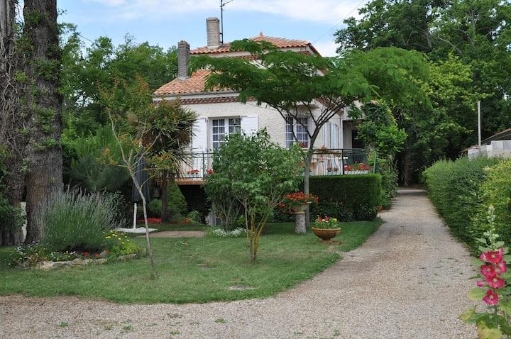 Location vacances à Royan petite maison proche mer