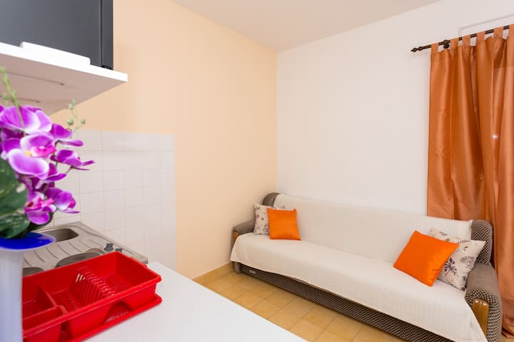 Apartmani Martin i Marija - Lokva Rogoznica - House