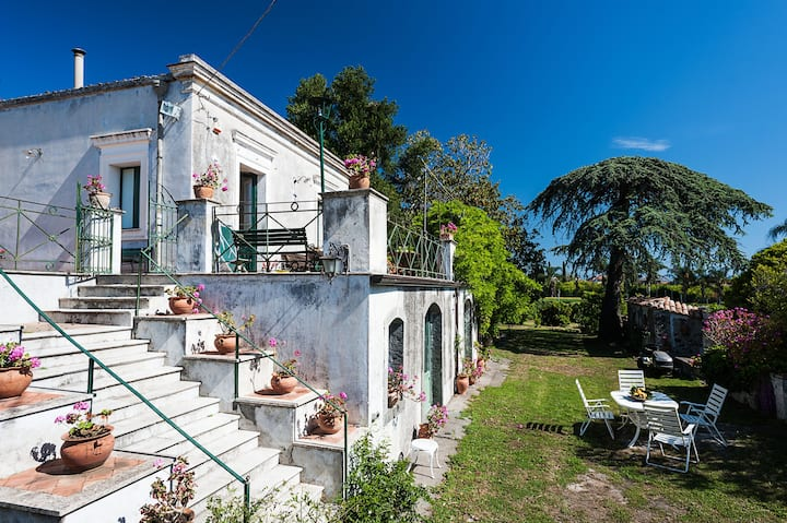 18th C. Sicilian Retreat with garden and terraces