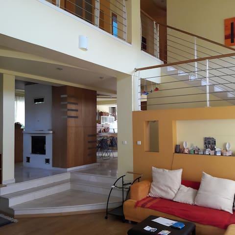 Private room/Modern Villa in Senec-near Bratislava