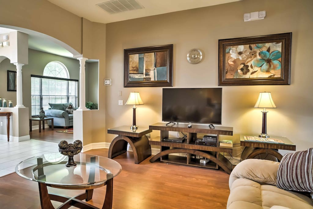 Watch your favorite shows on the living room's 46-inch flat screen LED TV, equipped with cable, DVD player and Nintendo Wii!