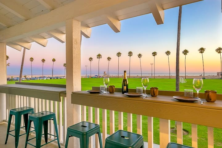 Amazing Views from Upper Beach & Boardwalk Front Home