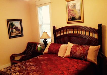 Water Front Gulf Coast Retreat! - Carrabelle