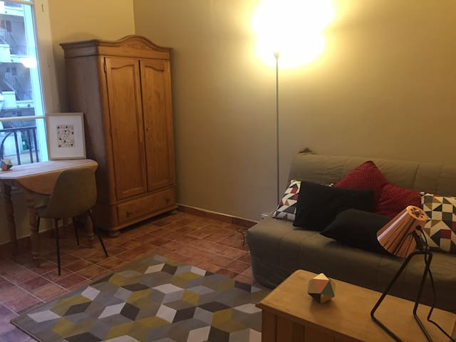 Studio Auteuil Paris 16