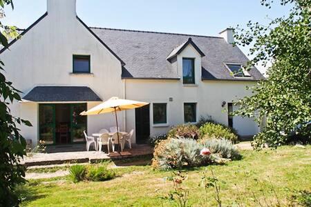 Villa entre Pont-Aven et Concarneau ( Finistère) - Névez