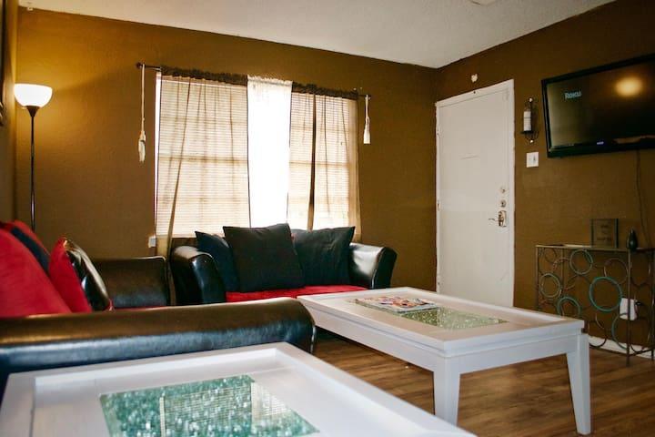 PRIVATE ROOM IN MESQUITE, TX