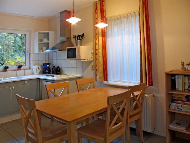 Holiday home in Tossens for 6 persons