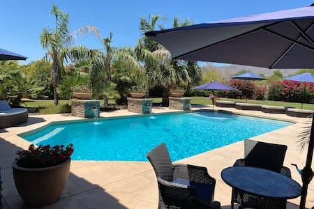 Scottsdale Estate, King Room 2