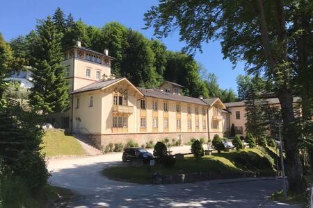 Ferienappartement Königliche Villa Berchtesgaden