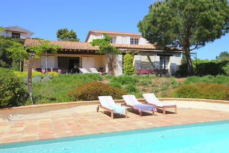 Southern French villa with private pool and stunning views of the Mediterranean Sea