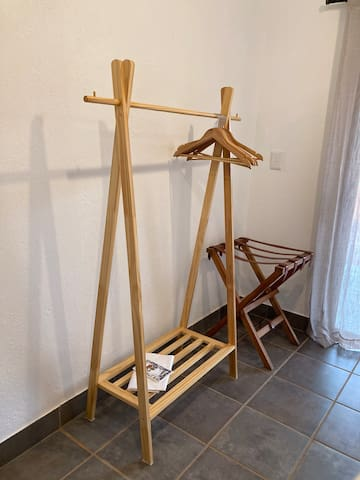 Clothes rack and luggage rack