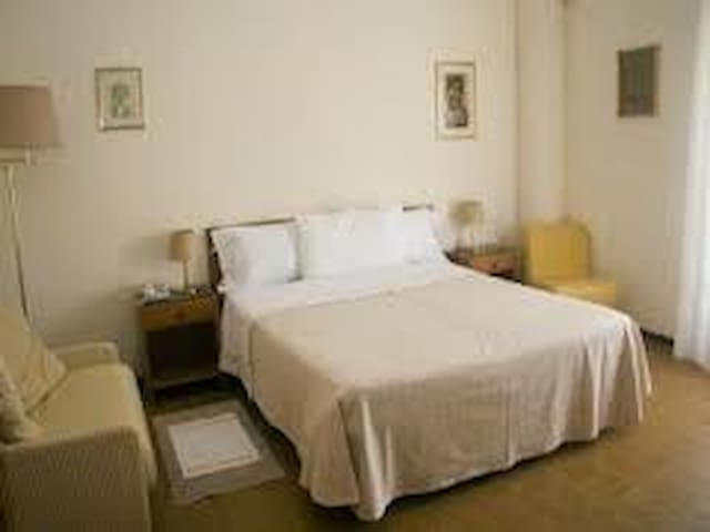 SAN FELICE FLAT - Bologna - Bed & Breakfast