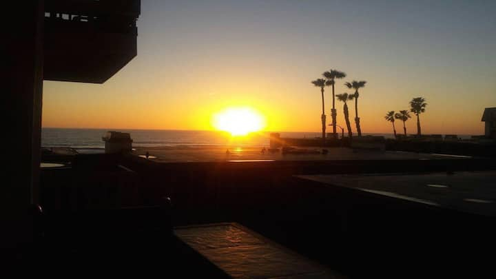Sunset View and Ocean View In Beautiful Oceanside