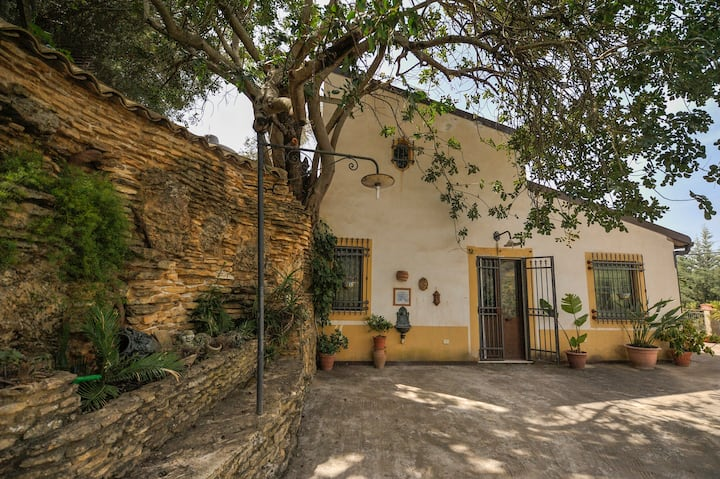 Villa Carrubbo a Pietraperzia
