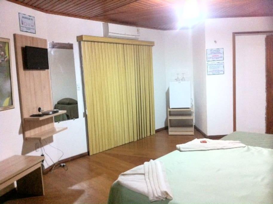 Quarto com 35 m².