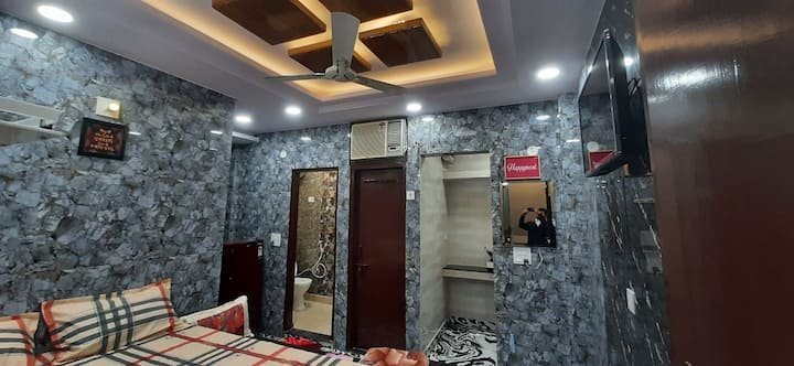 Delhi tourism guest house in posh lajpat nagar