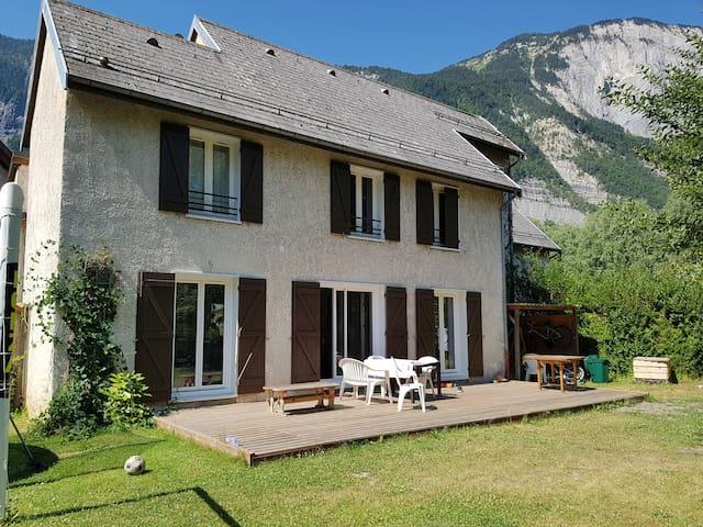 Grande maison Le Bourg d'Oisans