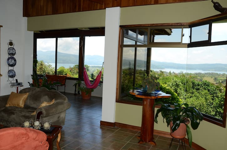Large Home views Lake Arenal, 3 Volcanoes, fit2-6