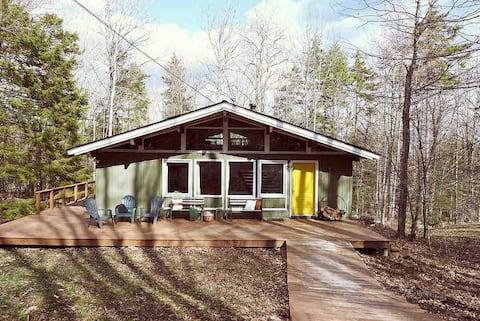 Picturesque Cabin near Mt Snow