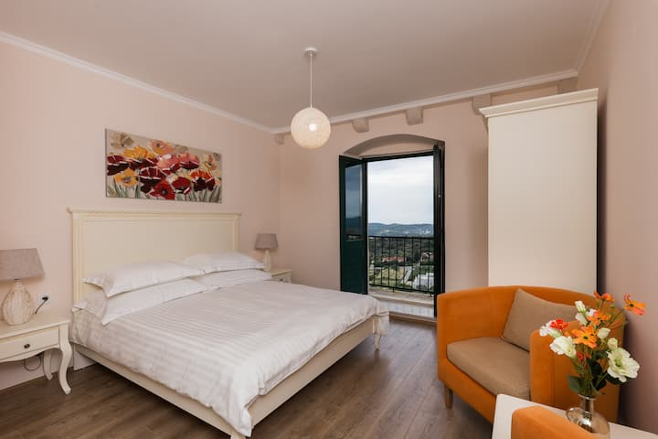 Guest House Savonari - Superior Double Room with Balcony and Sea View