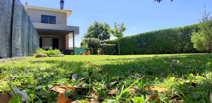 Giuly House -Ampio appartamento sulla CostaToscana