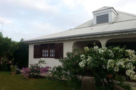 Villa type créole - Sainte Rose - Sainte Rose