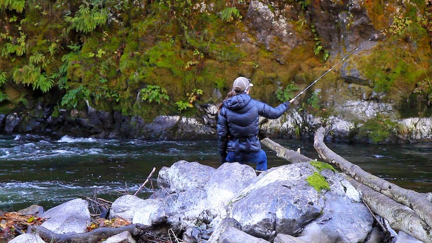 Fly Fishing on the Kilchis river