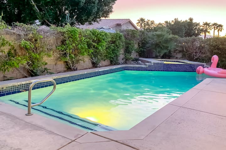 Bright desert home w/ private pool/hot tub, game room, & furnished patio area!