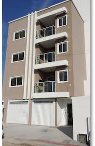 Apartamento 15 min do Beto Carrero - Apartemen