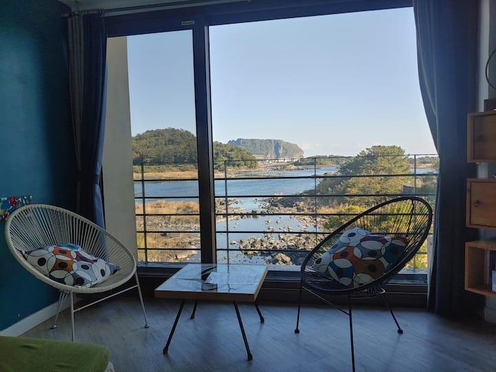Romantic view with ojori lake(#202)
