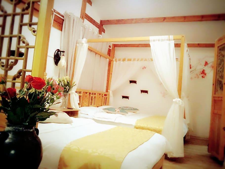 家庭房一张双人床一张单人床