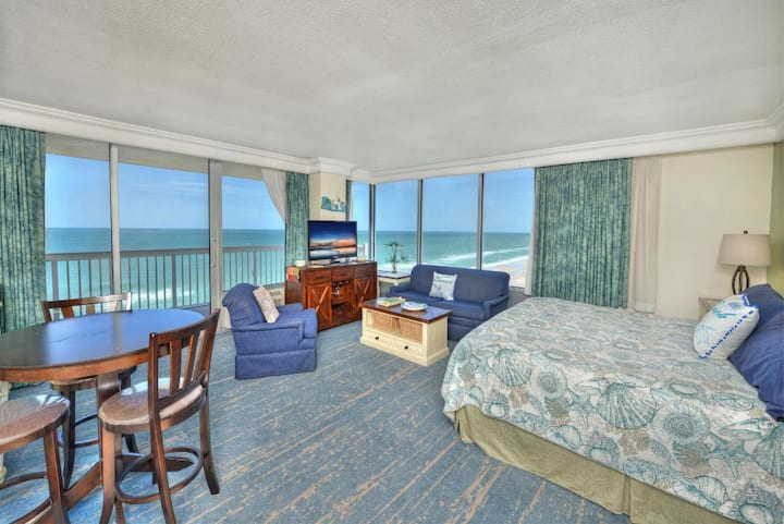 Daytona Beach Resort Corner Studio