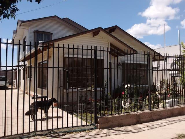 """Hospedaje en  Quilpué, """"Ciudad del Sol"""" - Región de Valparaíso - Rumah"""