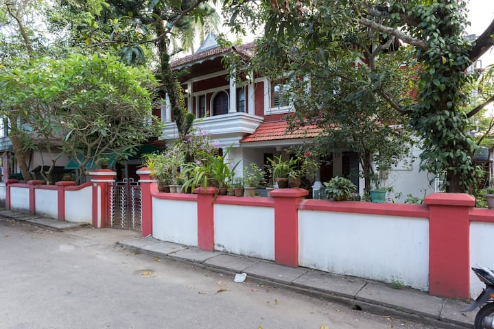 Rose Villa Holiday Letting - Ernakulam - Wohnung
