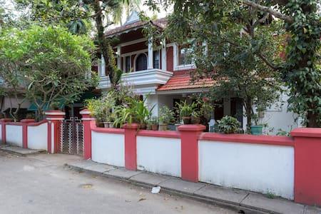 Rose Villa Holiday Letting - Ernakulam
