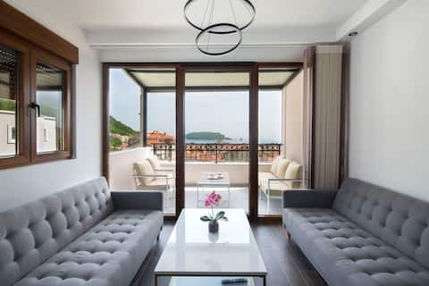 Top floor 1bdr apart with pool&terrace&sea view #7