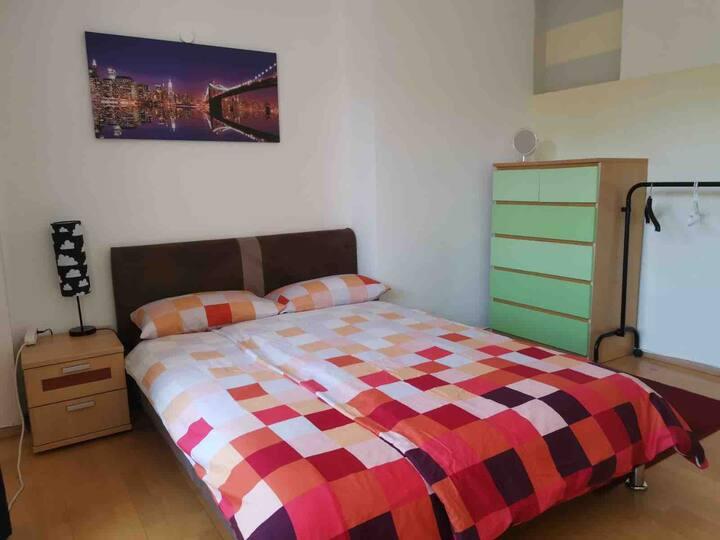 Schönes Zimmer mit Balkon Köln Sülz