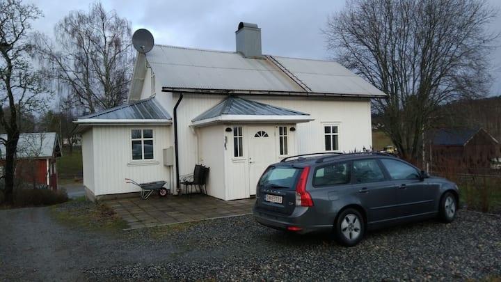 世外桃源 ( Beside Road E18 ,100 km to Oslo)