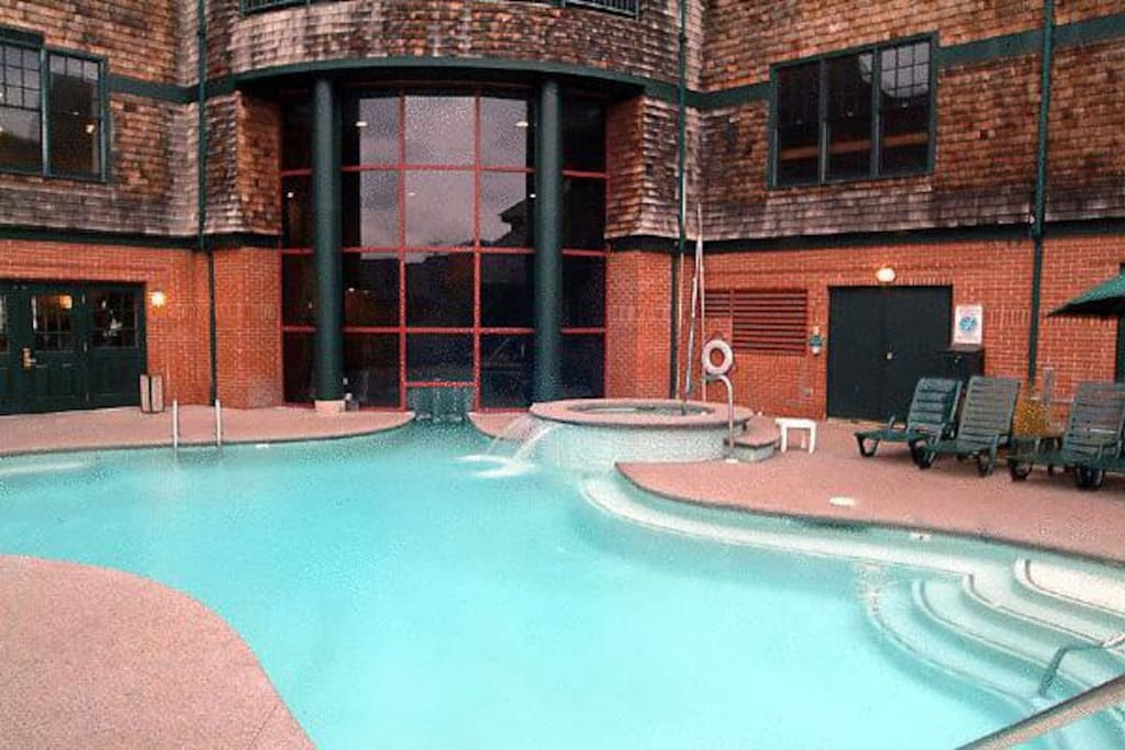 Outdoor Year Round Heated Pool
