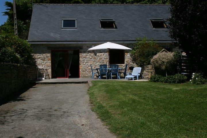 """"""" le bouvreuil"""" - Saint-Pabu"""