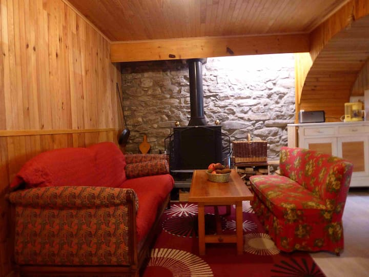 ambiance chalet,  maison de 120 m2 lambrissée