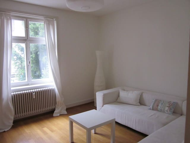 COZY, FURNISHED 2.5 ROOM FLAT, ST. JOHANN