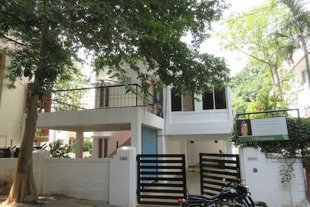 Krithika Homestay - Chennai
