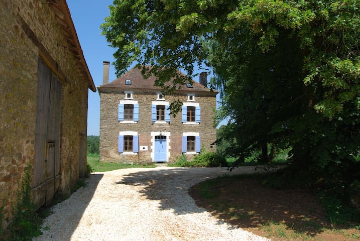 Maison des Maitre House with private heated pool