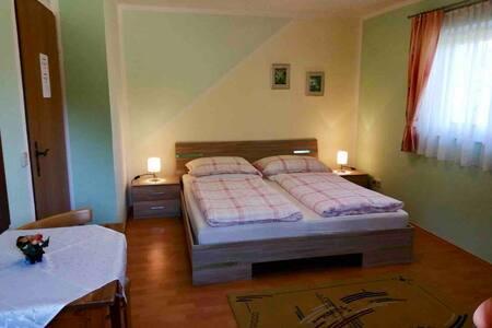 Cozy guest room - Pörtschach am Wörthersee