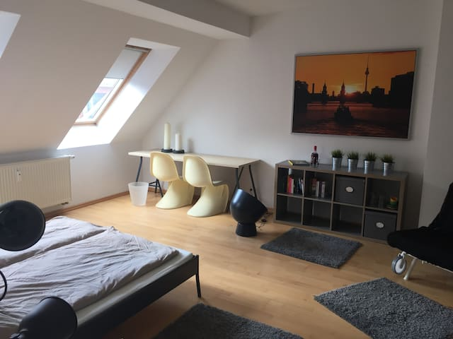 Cozy room in the heart of Berlin! - Berlin - Lägenhet