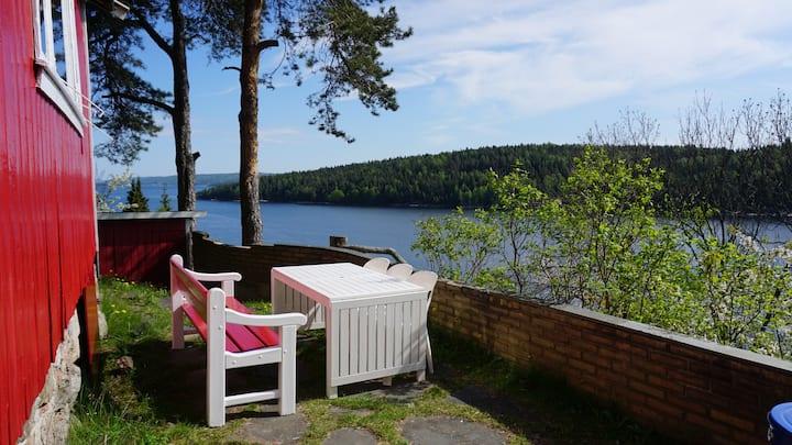 Hytte, sauna, flott utsikt, nær strand Oslofjorden