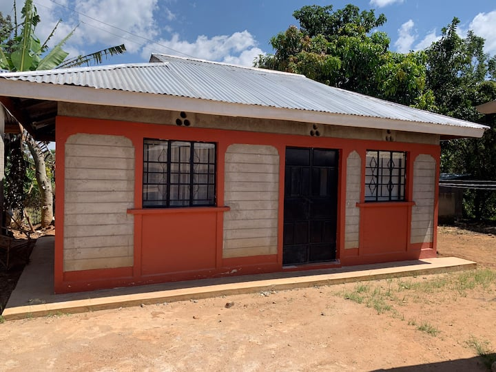 Warm Siaya home stay